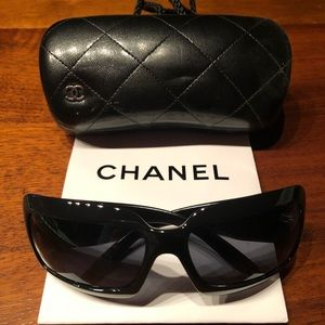 EUC Authentic CHANEL Sunglasses